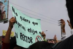 Estudante peruano fala das mobilizações na PUCP