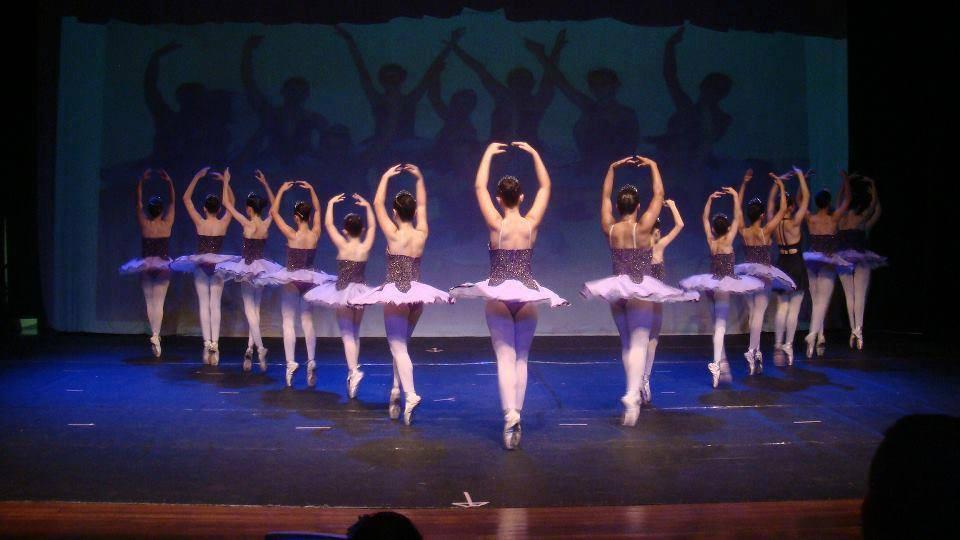 Ballet é arte que vai além da dança 87d01854a3