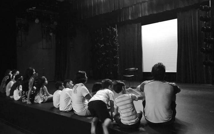 Crianças no Teatro Eva Herz